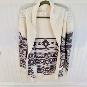 Sun and shadow white and grey knit cardigan